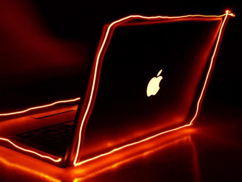 Los mejores fondos de la manzana-http://img99.xooimage.com/files/5/4/3/18-3e3f2e8.jpg