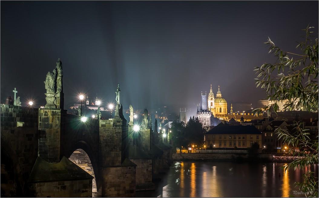 Pour PRAGUE ...suivez la flèche ... + la suite - Page 2 Pb_551-423ed3f